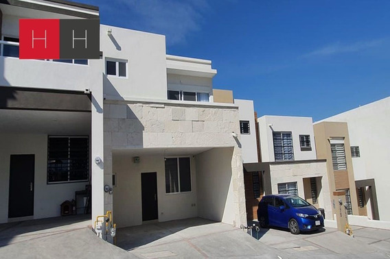 Casa En Venta En Real Del Valle En Santa Catarina Al Ponient