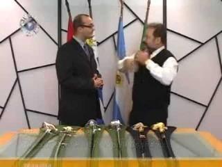 Demonstração De Espadas Da Marinha Em Academia Marca Ibéria