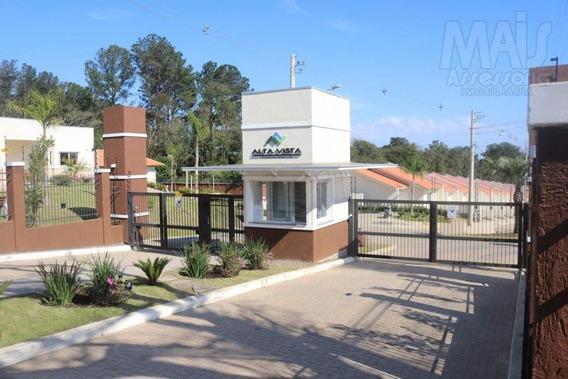 Casa Para Venda Em Alvorada, Formoza, 2 Dormitórios, 1 Banheiro, 1 Vaga - Jvcs252