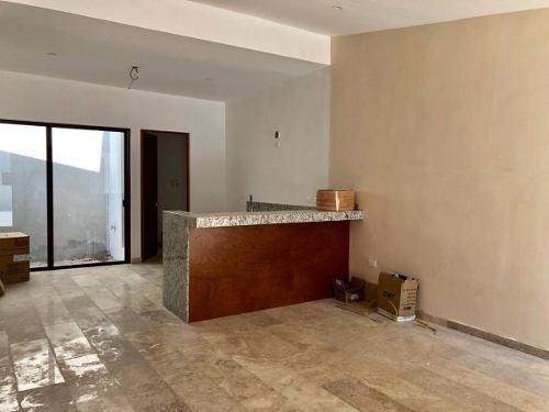 Última Casa Tipo Villa De 1 Piso En Privada Rue, Inversión Inteligente.