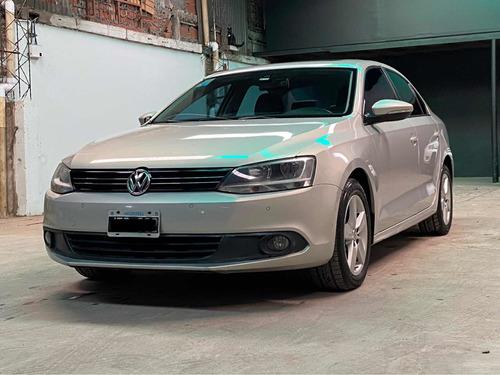 Imagen 1 de 11 de Volkswagen Vento 2011 2.5 Luxury 170cv