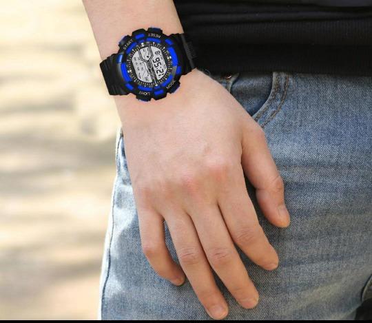 Relógio Digital Esportivo De Pulso Eletrônico Robusto.