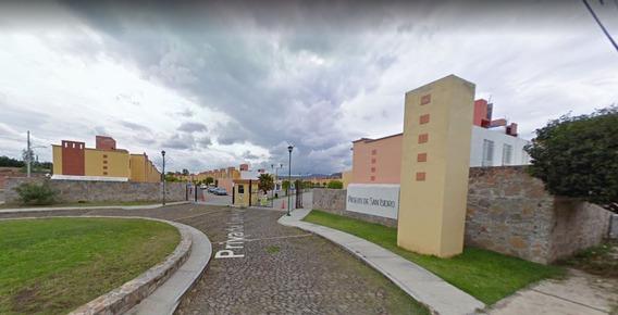 Bonita Y Segura Casa En Remate De San Isidro Querétaro