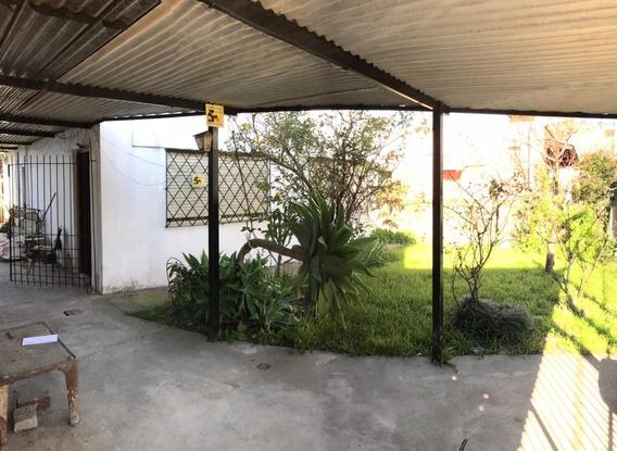 Casa En Alquiler 3 Ambientes C/ Cochera Y Jardin A 300mts Est. Adolfo Sourdeaux