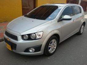 Chevrolet Sonic Lt M/t Hatch Back Súper Económico
