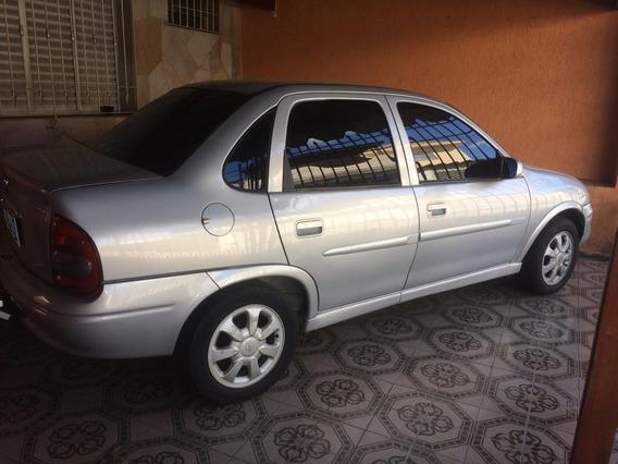 Chevrolet Corsa Sedan 1.6 8v Gls 4p 2001