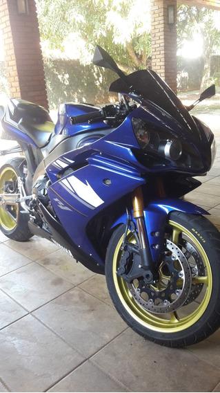 Yamaha R1 Azul