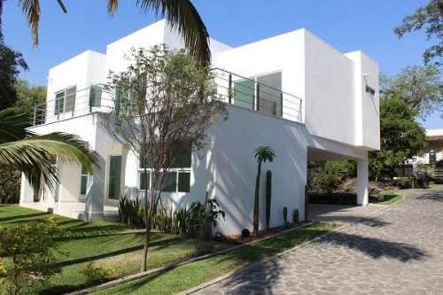 Casa En Venta En Jiutepec En Condominio En Pedregal De Las Fuentes