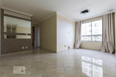 Apartamento No 11º Andar Com 2 Dormitórios E 1 Garagem - Id: 892915903 - 215903