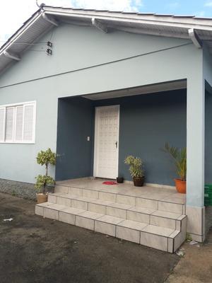 Casa Em Capivari De Baixo