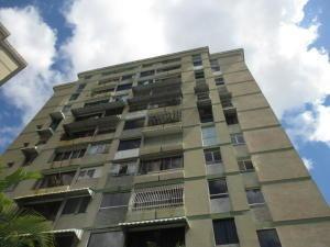 20-1195 Confortable Apartamento En Colinas De Bello Monte
