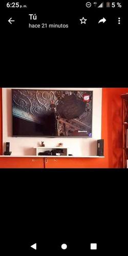 Imagen 1 de 3 de Panel Rack Flotante 160cm X 110cm Smart Tv Led Consola