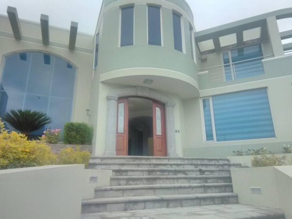 Vendo Exclusiva Casa En Urbanización San Isidro I