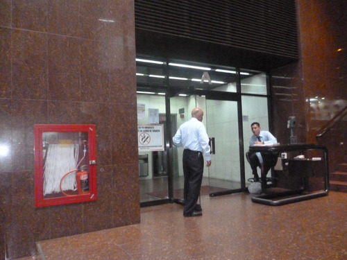 Imagen 1 de 11 de Oficina Entre Av Solano Y Boulevard De Sabana Grande