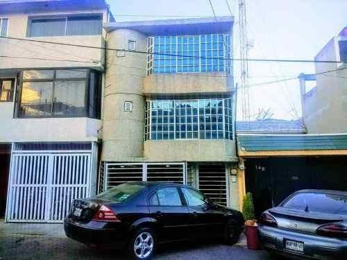 Departamento En Renta En El Campanario, Atizapán De Zaragoza, México