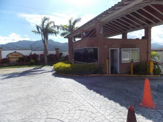Casa En Venta Guatire Kl Mls #19-16709
