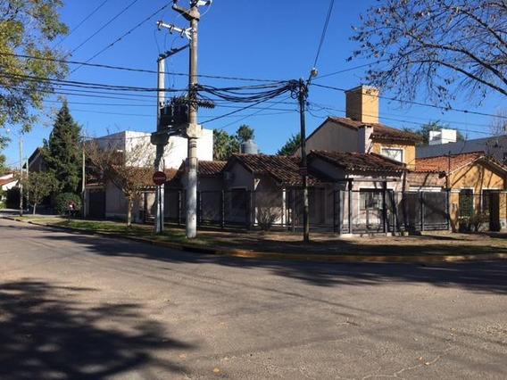 Casa En Jorge Bell Y 471 City Bell - Alberto Dacal Propiedades