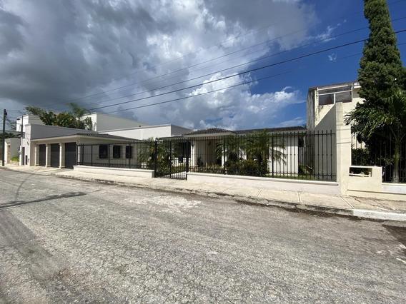 Venta Casa De Un Piso En Mérida !!! Terreno 1050m2 (amueblada $11´000,000.00) Mantenimiento Al 100