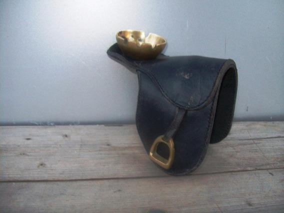 Cenicero Bronce Cuero Forma Montura Caballo