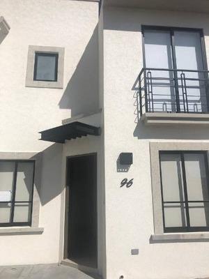 Casa Nueva Para Estrenar En Renta
