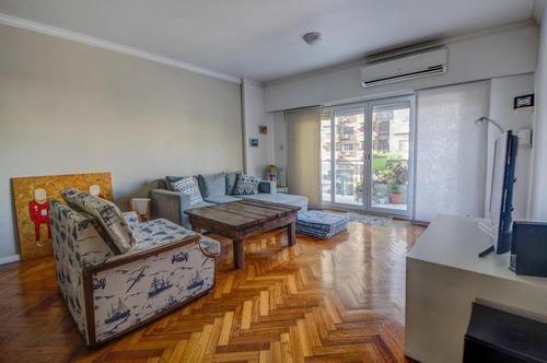 Departamento En Belgrano. 3 Dormitorios,  Balcón Aterrazado Reciclado.
