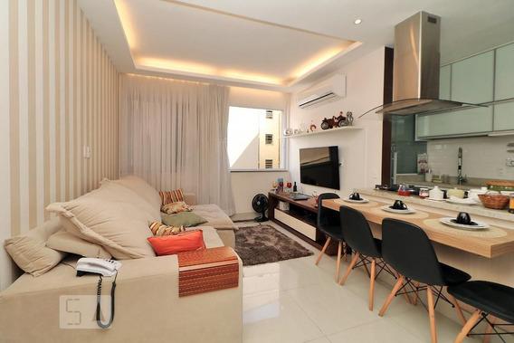 Apartamento No 2º Andar Mobiliado Com 1 Dormitório E 1 Garagem - Id: 892946980 - 246980