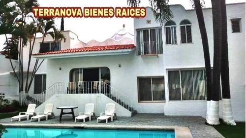 B3435. Seguridad 24 Hrs. Hermosa Casa En Provincias Del Cana