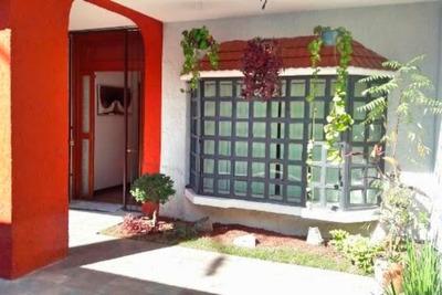 Casa Con Bonita Fachada