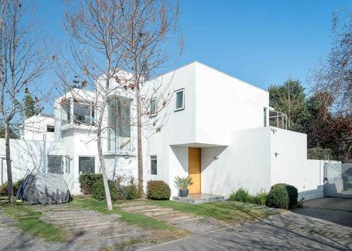 Imagen 1 de 22 de Condominio Casa Vicente Pérez Rosales - Interno: 210000 -