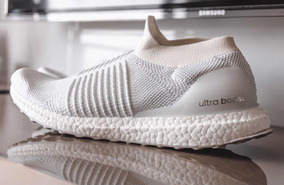 adidas Ultraboost Laceless Triple White