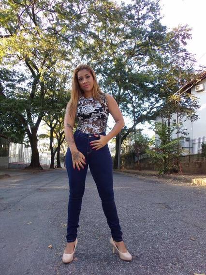 Body Feminino Renda Preta Bordado Com Flores Prateadas
