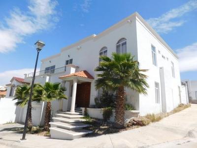 Casa Con Alberca En Venta Residencial Cumbres