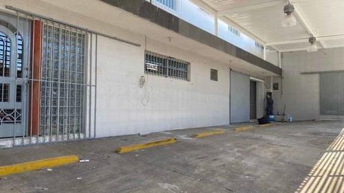 Oficinas 540m2 Dos Plantas Estacionamiento
