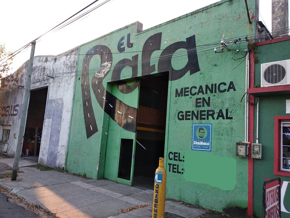 Amplio Galpón, En Zona Centrica, Paso De Los Toros!!!