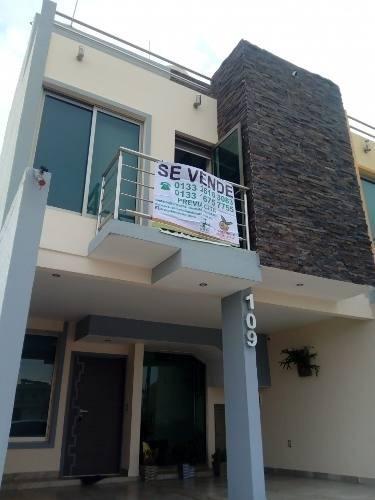 Casa Amueblada A Estrenar En Fracc. Nueva Aurora, Tonala