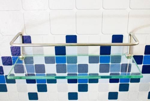 Imagem 1 de 3 de Porta Shampoo (10x30cm) + Saboneteira 8 Incolor