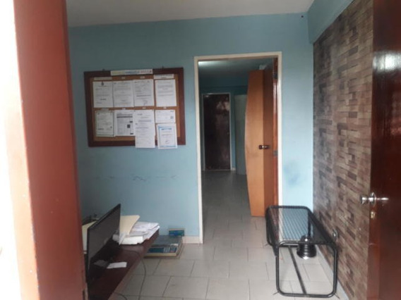 Oficina En Venta Barquisimeto Rah: 19-826 Mcbd