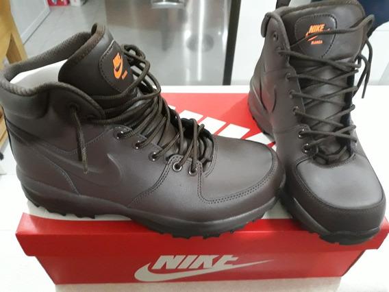 Bota Nike Manoa