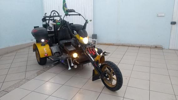 Triciclo Único - Muito Equipado