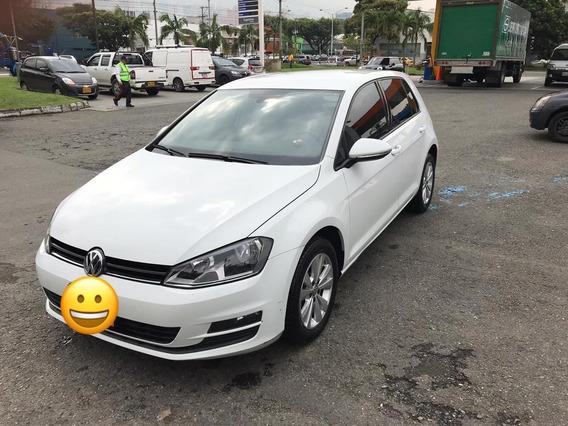 Volkswagen Golf Comfortline At 1.6