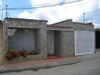 Venta Casa Urb Ciudad Jardin Cagua -aragua 18-1858 Gjg