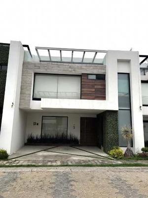Casa - Fraccionamiento Lomas De Angelópolis