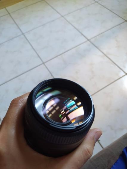 Lente Sony Af 75-300mm, F 4.5 A-mount + Parasol