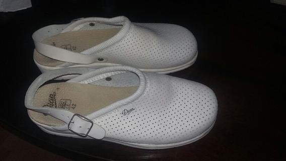 Suecos Cuero Crocs Calzado
