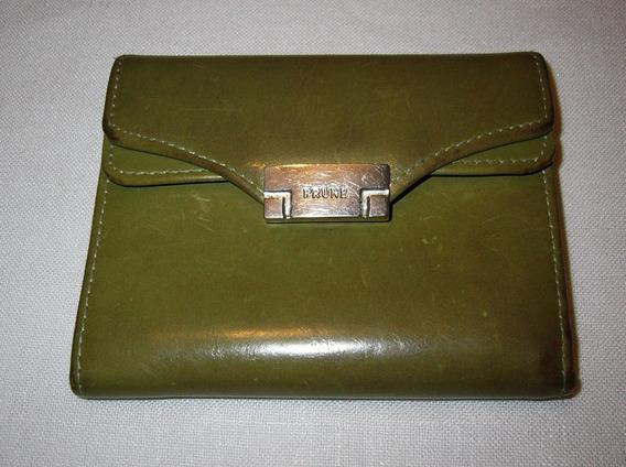 Billetera De Cuero Prune Color Verde