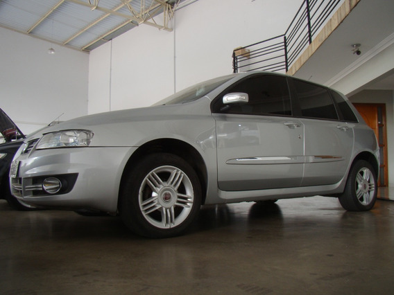 Fiat Stilo 2009/2010, 1.8, Câmbio Dualogic, 5 Portas.
