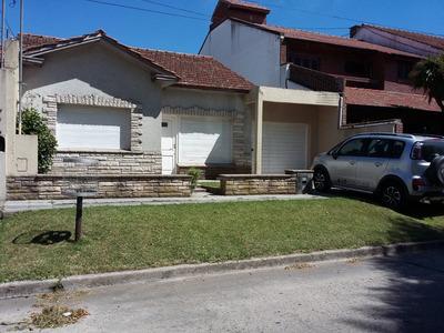 Chalet 3 Ambientes, Dos Habitaciones, Un Baño, Parrilla.