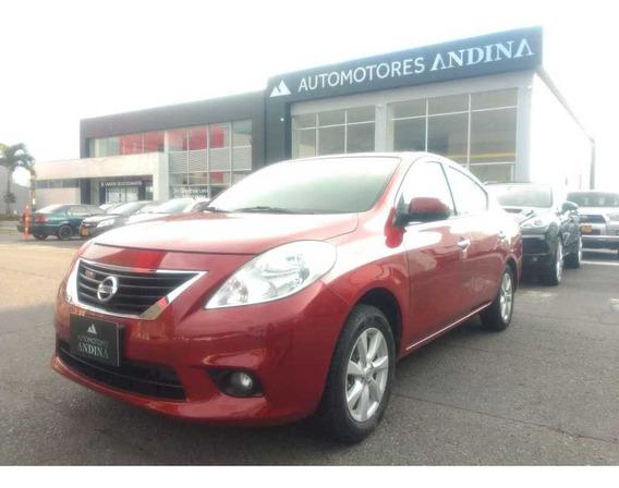 Nissan Versa Mecanica 1.6 2013 Fwd 711