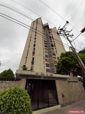 Oportunidad Apartamento En Urbanización El Centro, Maracay
