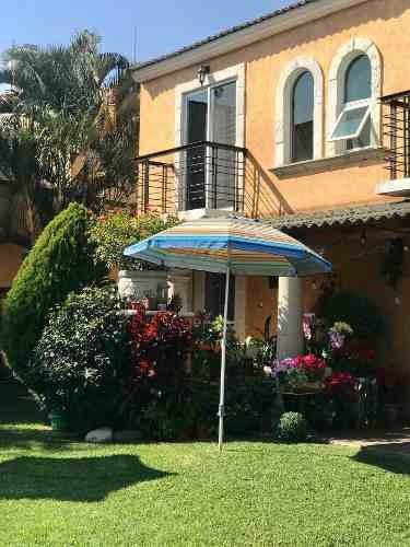 Venta Casa Con Alberca Zona Sur